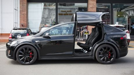 Tesla Model X P100D gia 8 ty dong tai TP.HCM - Anh 2