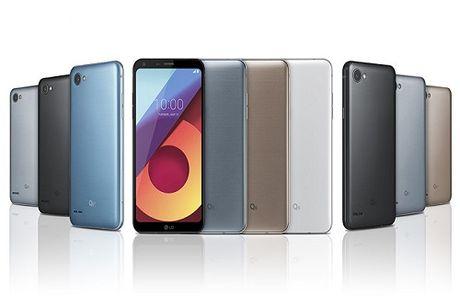 Cuoc chien smartphone tam trung: LG Q6 so tai Samsung Galaxy A5 (2017) - Anh 1