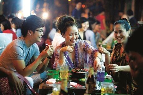 Kiem tien ty, Hoai Linh va nhung sao Viet nay van nghien tra da via he - Anh 10