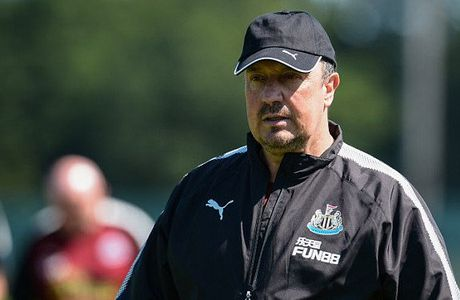 Chu tich Newcastle that hua, Benitez doa toi Trung Quoc - Anh 1