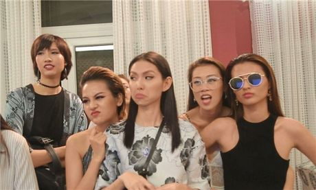 Ngan ngam Vietnam's Next Top Model 2017 dan dung drama thieu muoi - Anh 1