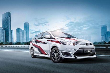 Toyota Vios phien ban 'xe dua' gia 452 trieu dong - Anh 2