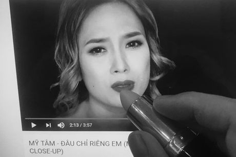 Chet cuoi loat anh che My Tam trong MV 'Dau chi rieng em' - Anh 8