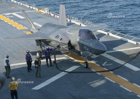 Tau do bo My mang F-35B huong ve ban dao Trieu Tien - Anh 5