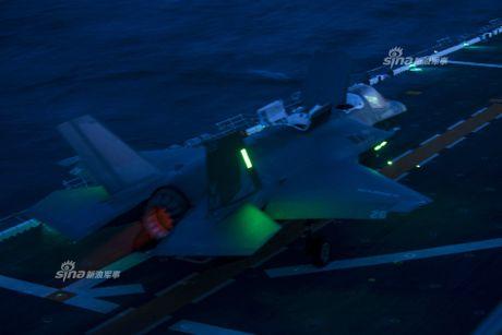 Tau do bo My mang F-35B huong ve ban dao Trieu Tien - Anh 7