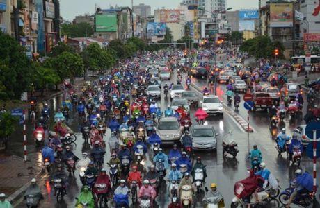 Ha Noi: Nguoi dan vat lon voi canh tac duong - Anh 5