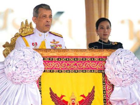 Quoc vuong Thai Lan duoc trao toan quyen kiem soat tai san Hoang gia - Anh 1