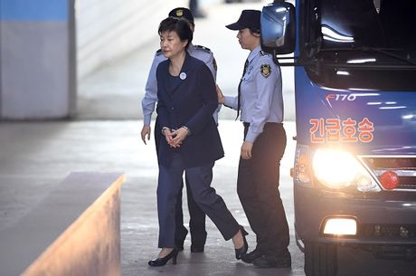 Han Quoc tim thay nhieu tai lieu khac buoc toi ba Park Geun-hye - Anh 1