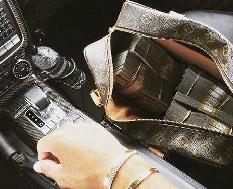 """So do """"chiu choi"""" cua con nha giau Thuy Si, A Rap Saudi - Anh 11"""