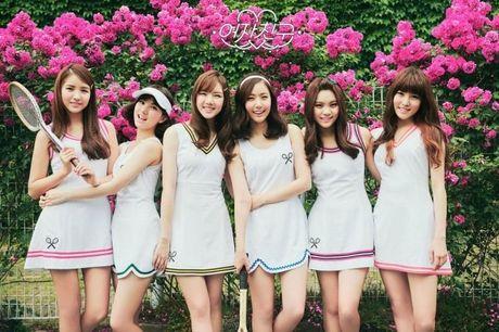4 girl group vua ra mat da lien tuc gianh cup - Anh 7