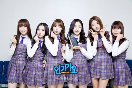 4 girl group vua ra mat da lien tuc gianh cup - Anh 8