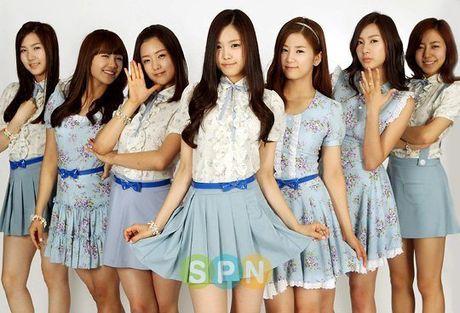 Loat nhom nu Kpop 'len doi' trang phuc dien ngay cang sang chanh - Anh 4