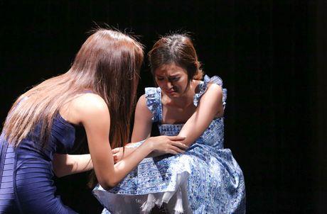 3 hanh dong nho ma tinh te cua Lan Khue o The Face - Anh 2