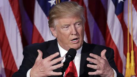 Ong Donald Trump 'xui giuc' Ba Lan chong lai Nga, Duc nhu the nao? - Anh 1