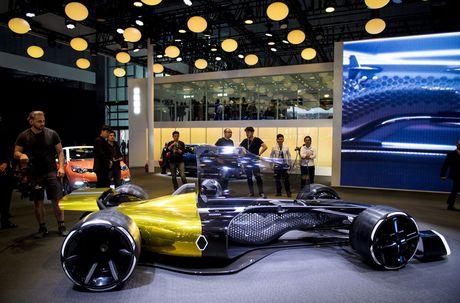 Ky luc moi ve doanh so cua hang san xuat o to Renault, Phap - Anh 1