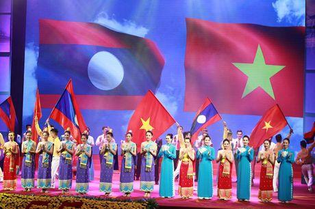 Tong Bi thu Nguyen Phu Trong: Vun dap moi quan he Viet - Lao vung ben hon nui, hon song - Anh 4