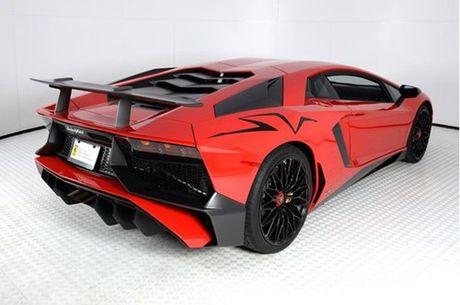 Ve dep sieu xe hang hiem Lamborghini Aventador SV do ruc rao ban 12,7 ty Dong - Anh 6