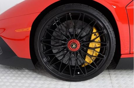 Ve dep sieu xe hang hiem Lamborghini Aventador SV do ruc rao ban 12,7 ty Dong - Anh 9
