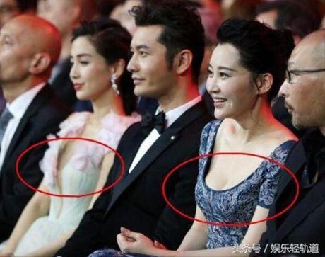 Xinh dep la the, Angela Baby van bi 'dim toi ta' khi dung canh nhung my nhan nay - Anh 11