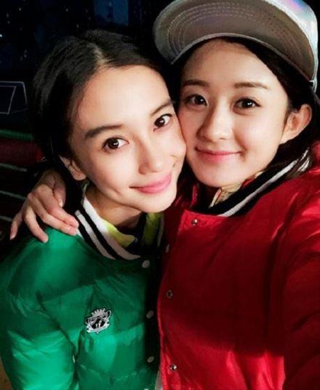 Xinh dep la the, Angela Baby van bi 'dim toi ta' khi dung canh nhung my nhan nay - Anh 6