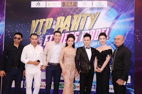 Ca si Nguyen Vu tiep tuc ngoi ghe nong chuong trinh Fitness Model mua thu 2 - Anh 3