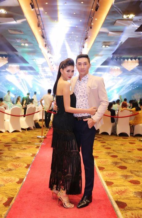 Ca si Nguyen Vu tiep tuc ngoi ghe nong chuong trinh Fitness Model mua thu 2 - Anh 6