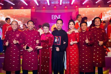 A quan Top Face BNI Viet Nam 2017 Bui Tuyet Mai: 'Nghi lon, tu duy lon de thanh cong' - Anh 4
