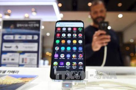 Doanh so Samsung Galaxy S8 cao hon Galaxy S7 - Anh 1