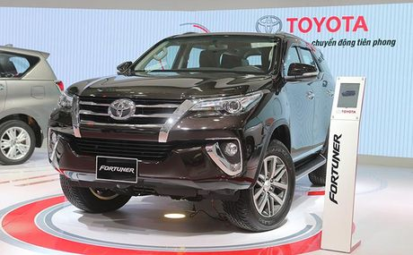 Toyota Fortuner khien luong xe nhap khau tu Indonesia tang vot - Anh 1
