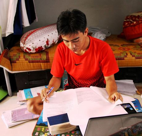 Du hoc sinh Lao: 'Da Nang la que huong thu 2 cua chung toi' - Anh 1