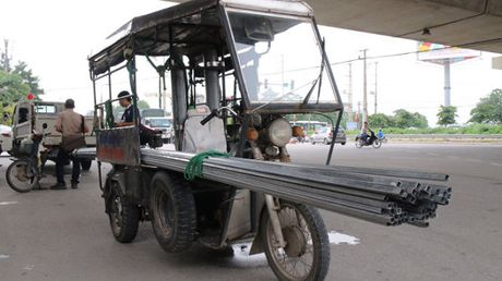 Ha Noi: Du kien thu hoi xe ba banh vao nam 2018 - Anh 1