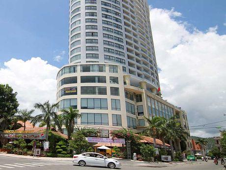 Khach san Bavico Nha Trang cai lenh cam, van don khach - Anh 1
