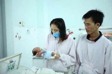 Cat da day cuu san phu va thai nhi 31 tuan tuoi - Anh 1