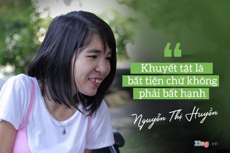 9X khuyet tat miet mai tren xe lan nuoi uoc mo tro thanh dien gia - Anh 3