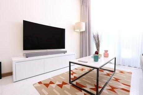 Thay doi TV, nang cap khong gian song - Anh 2