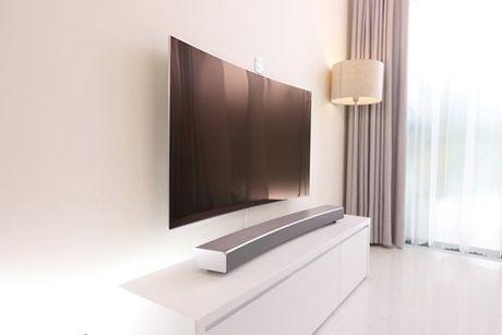 Thay doi TV, nang cap khong gian song - Anh 4