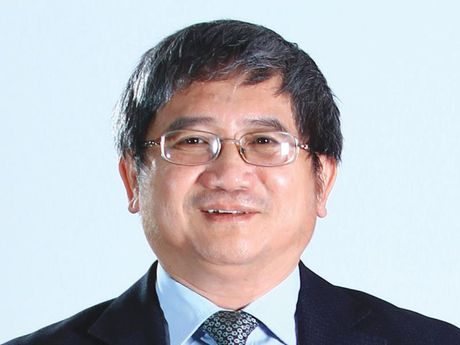 CEO FPT Bui Quang Ngoc: Thieu nhan luc, doanh nghiep Viet co the tan lui trong kinh te so - Anh 1