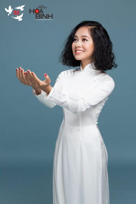 Dan my nhan tham gia 'Tuoi tre Viet Nam- Cau chuyen Hoa binh' - Anh 9