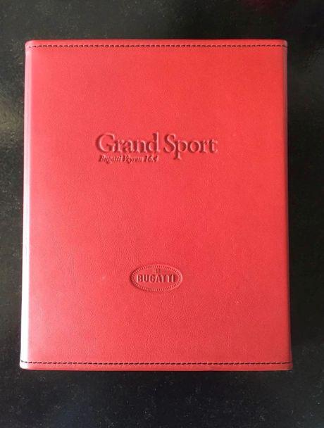 Bugatti Veyron Grand Sport qua su dung duoc rao ban hon 40 ty dong - Anh 7