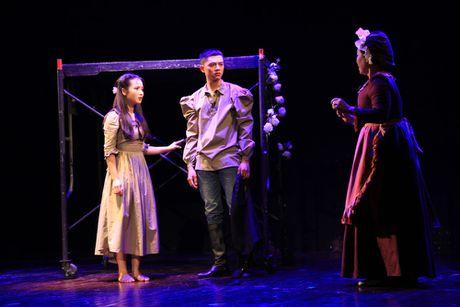 Nha hat Kich Viet Nam dua chuyen tinh 'Romeo va Juliet' len san khau - Anh 1