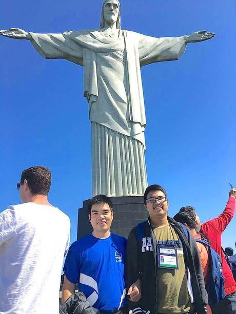 Nghe An: Nam sinh truong Phan Boi Chau gianh huy chuong vang Olympic Toan hoc Quoc te 2017 - Anh 1