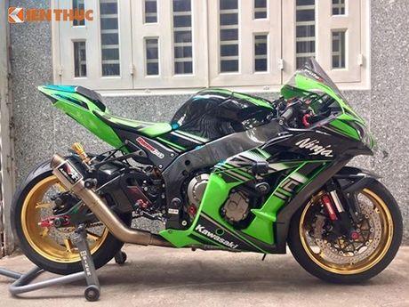 Dan choi Sai Gon chi 200 trieu do sieu moto Kawasaki ZX-10R - Anh 1
