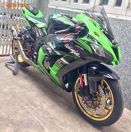 Dan choi Sai Gon chi 200 trieu do sieu moto Kawasaki ZX-10R - Anh 2