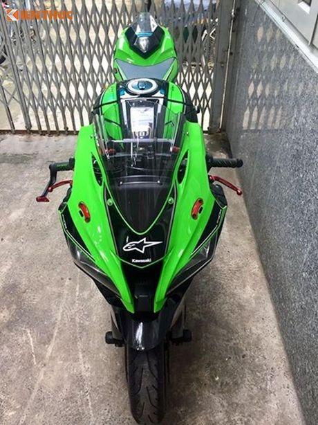Dan choi Sai Gon chi 200 trieu do sieu moto Kawasaki ZX-10R - Anh 3