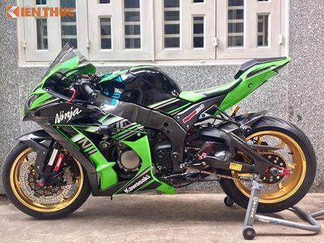 Dan choi Sai Gon chi 200 trieu do sieu moto Kawasaki ZX-10R - Anh 4