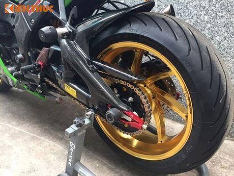 Dan choi Sai Gon chi 200 trieu do sieu moto Kawasaki ZX-10R - Anh 5