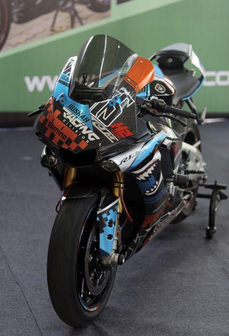 Sieu moto Yamaha R1M do tem ca map o Sai Gon - Anh 2