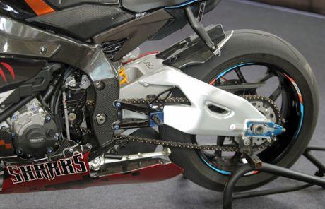 Sieu moto Yamaha R1M do tem ca map o Sai Gon - Anh 7