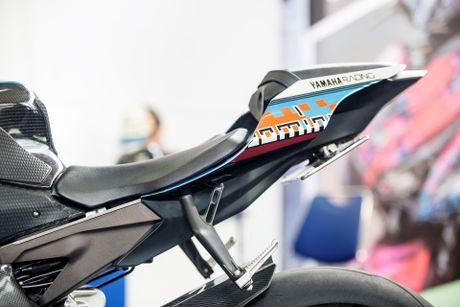 Sieu moto Yamaha R1M do tem ca map o Sai Gon - Anh 9