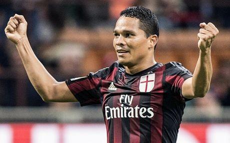 Sao that sung cua AC Milan muon tro ve La Liga - Anh 1